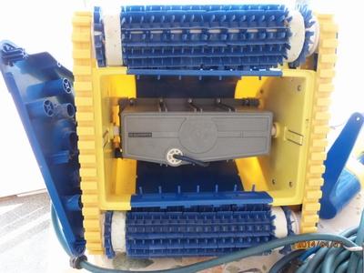 robot piscine power supply